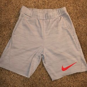 Men's Nike Fleece Short Silver/Red size Large